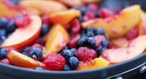 Десерт с фламбирани плодове