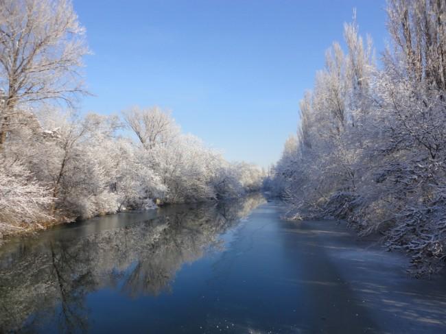 Reka Tundzha prez zimata