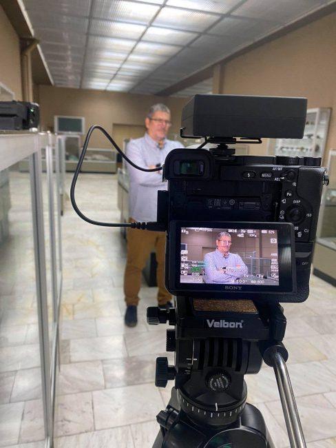 Димитър Мерачев на снимачната площадка в подготовка на виртуалното издание 2020